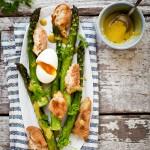 erin_scott_roasted-_asparagus_crispy_bread_egg