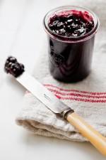 erinscott_yummysupper_blackberryjam